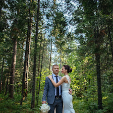 Wedding photographer Anastasiya Kulonbaeva (CharmedAN). Photo of 10.09.2015