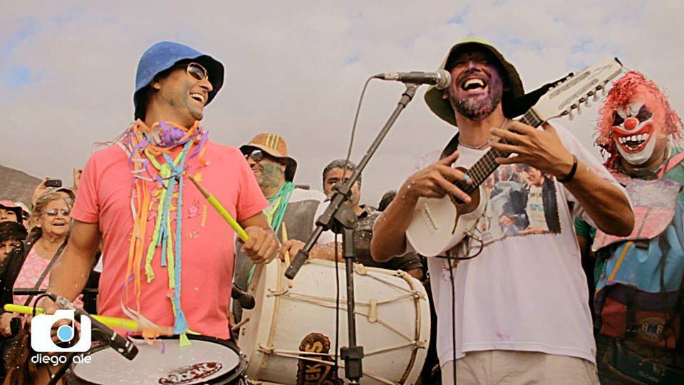 Los Tekis cantando en el Carnaval 2019