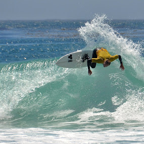 Cutback4 by John Canning - Sports & Fitness Surfing ( pwcwatersports )