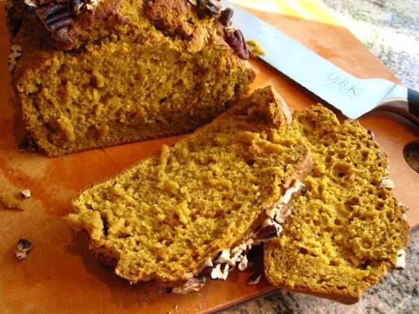 Old-fashioned Pumpkin Nut Loaf Bread Recipe