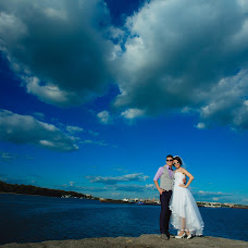 Wedding photographer Oleg Trifonov (glossy). Photo of 27.10.2015