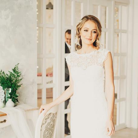 Wedding photographer Aleksandr Salmin (san4es2010). Photo of 27.02.2018