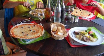 Photo: BRETANYA 2013. PRESQU'ÎLE DE CROZON. MORGAT, dinar al restaurant Les Flots