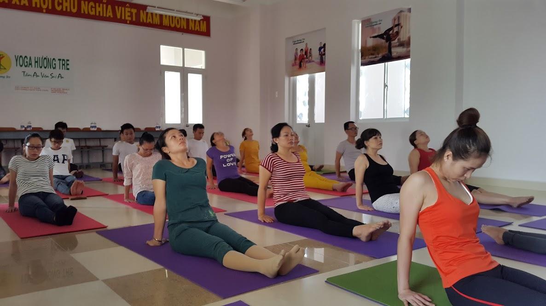 Lớp yoga căn bản: Nhà Thiếu Nhi Quận Tân Phú - 213 Lê Trọng Tấn, P. Sơn Kì, Q.Tân Phú, Hồ Chí Minh