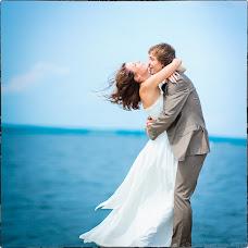 Wedding photographer Dmitriy Neverovskiy (batmann). Photo of 02.06.2013