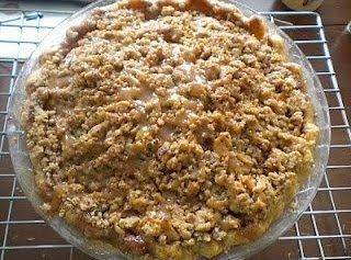 Bourbon Caramel Apple Crumble Pie Recipe