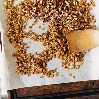 Easy Pecan Granola Recipe