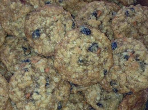 Classic Oatmeal Raisin Cookies Recipe
