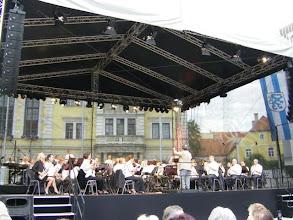 Photo: Das Audo Orchester spielte zur Begeisterung der Zuschauer auf.