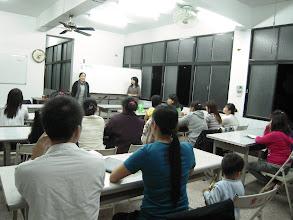 Photo: 20111128頭屋行動教室-大陸與外籍配偶識字班005