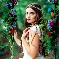 Wedding photographer Kristina Gryazin (ArtofLight). Photo of 07.08.2016