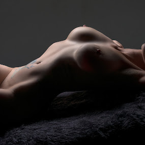 Miss EB by Peter Driessel - Nudes & Boudoir Artistic Nude
