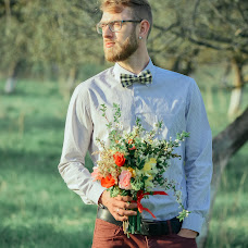 Wedding photographer Viktoriya Zayceva (ViktoriZ). Photo of 02.05.2018
