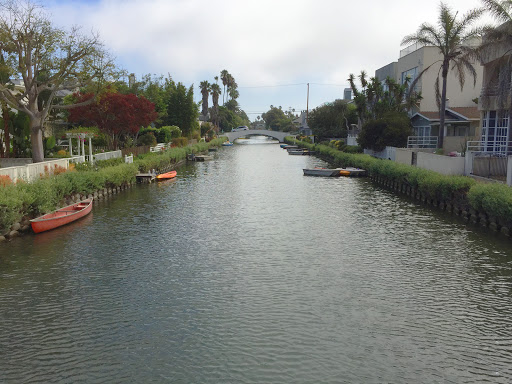 venice-canal3.jpg - A view from a footbridge spanning one of the canals of Venice, California.