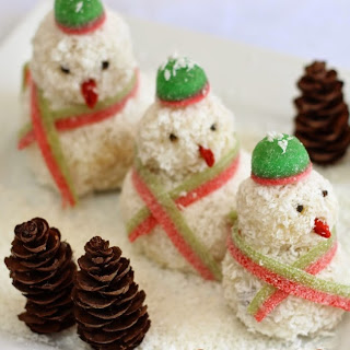 Frosty the Snowman ! White Chocolate and Cranberry Christmas Treat