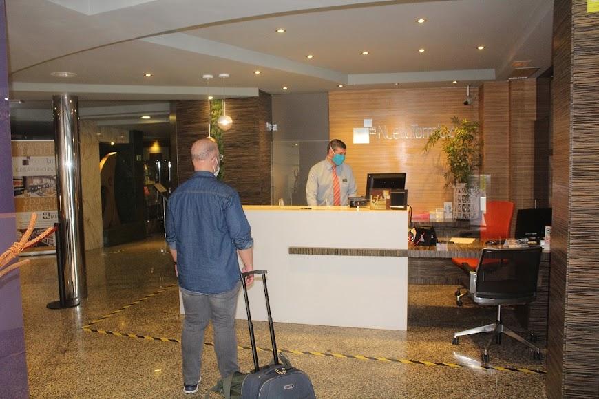 Nuevo cliente en el reabierto Nuevo Hotel Torreluz.