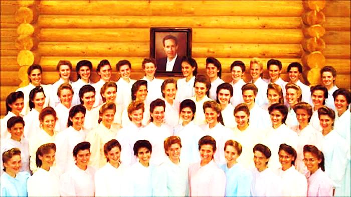 Những bức ảnh đằng sau luật lệ đáng sợ của giáo phái đa thê Mormon - ramaXem