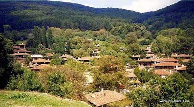 Photo: Zheravna, een oud bergdorpje | An old mountain village.  www.loki-travels.eu