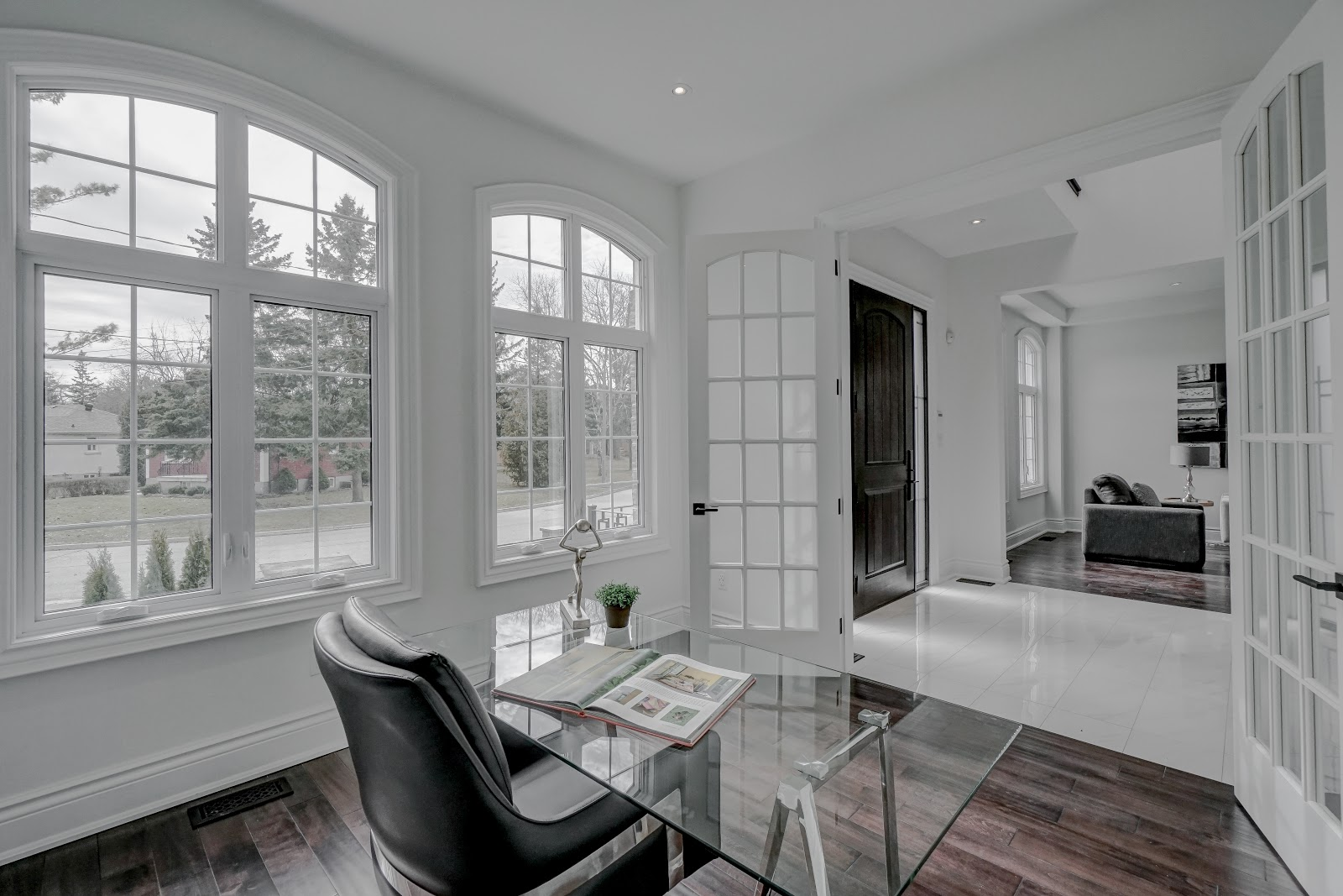 House of the week 2 3 mil home with perfect kitchen and for Perfect kitchen mississauga