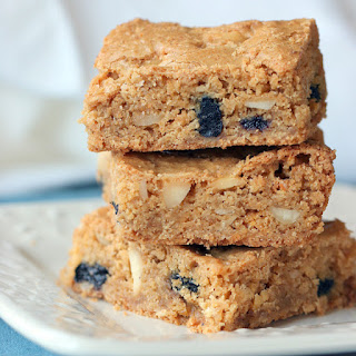 Real March Madness and Crispy Cream Blueberry Blondies