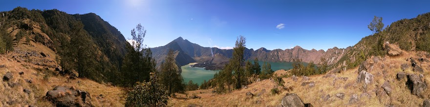 Photo: Indonesia, Lombok, Volcano Gunung Rinjani and Lake Segara