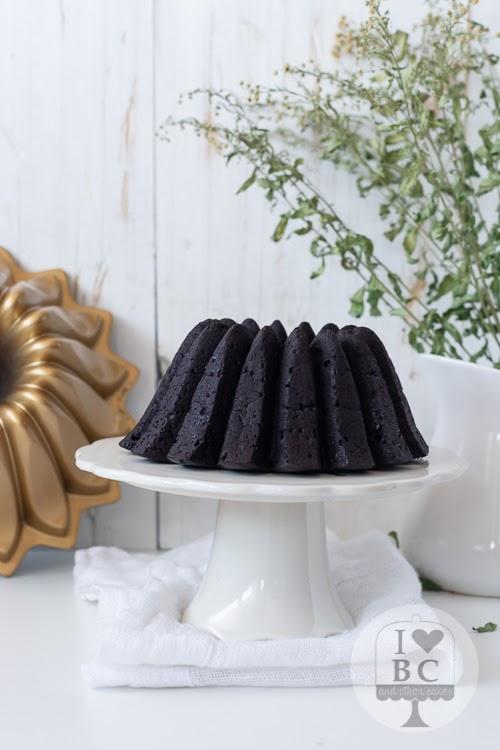Bundt Cake de chocolate sin huevo y sin lactosa