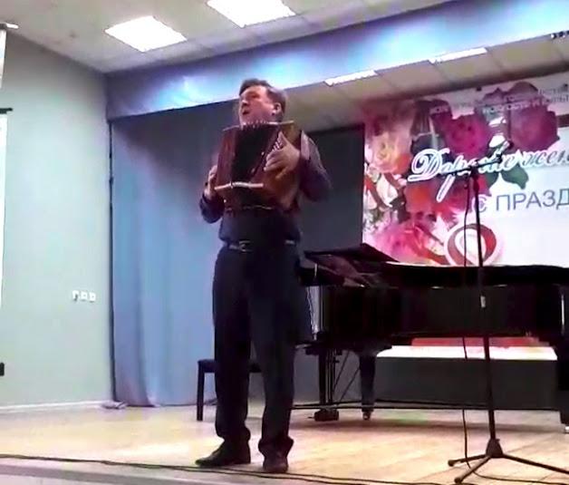 Коллективы ВГИИК устроили праздничный концерт к 8 марта