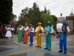Photo: Disneyland - Mary Poppins marching band
