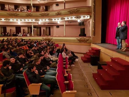 Gil Vicente subiu ao palco do Teatro Ribeiro Conceição
