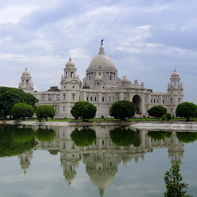VICTORIA MEMORIAL HALL AT KOLKATA by  Priyanka Das - Buildings & Architecture Statues & Monuments ( landmark, travel,  )