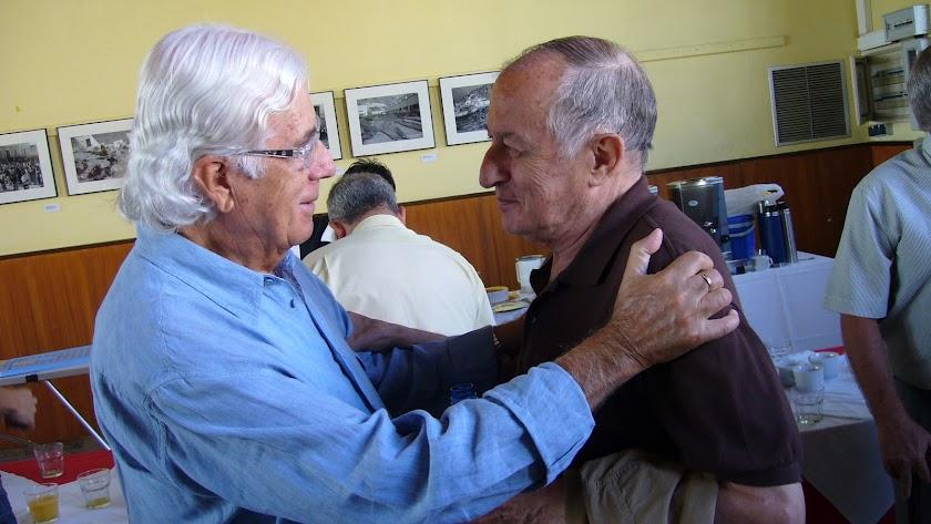 Carlos Pérez Siquier y Juan Goytisolo, durante una visita de el escritor a Almería.
