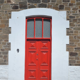 red door by Sue Norton - Novices Only Street & Candid