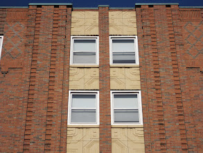 Photo: West elevation Art Deco facade detail
