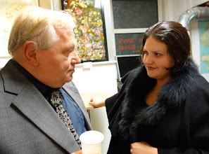 Photo: Anton Cupak und Maryna Garasymchuk bei der Eröffnung der Kunstwerk-Galerie am 26.9.2013. Foto: Peter Skorepa