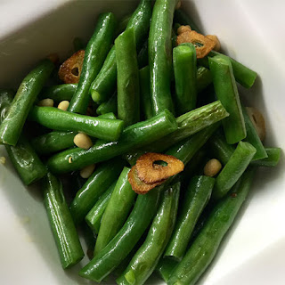 Garlic Green Beans with Pinenuts.