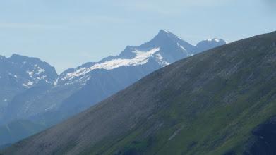 Photo: Le Valier désert de Milouga à gauche et col  de Cruzous