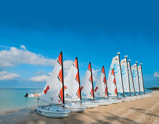 Beaches has launched a new sailing program offered through the American Sailing Association.