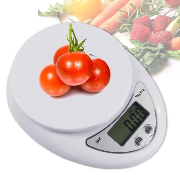 Cân trong bếp xác định khối lượng thực phẩm, đồ ăn
