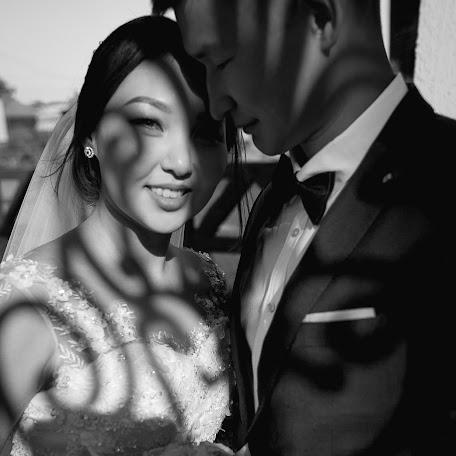 Wedding photographer Viktor Zabolockiy (ViktorZaboloski). Photo of 14.02.2018