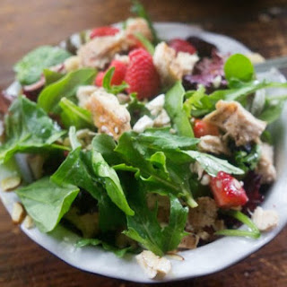 Summer Mixed Berry Chicken Salad with Vanilla Vinaigrette Dressing (21 Day Fix Approved)