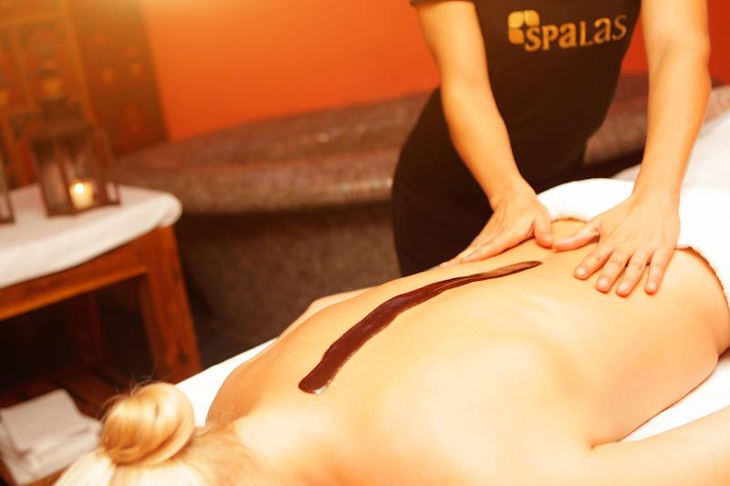 Masajes a una persona en el Hotel Gran Palas Experience