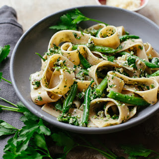 Pasta With Cutting-board Parsley Pesto