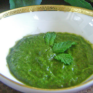 Tangy Coriander Chutney with Avocado and Mint Recipe