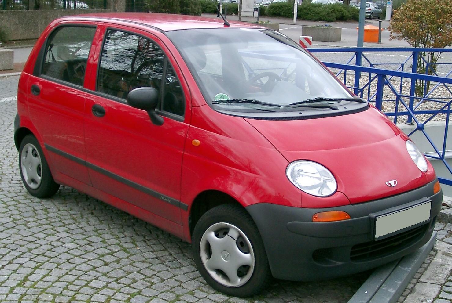 red daewoo parking