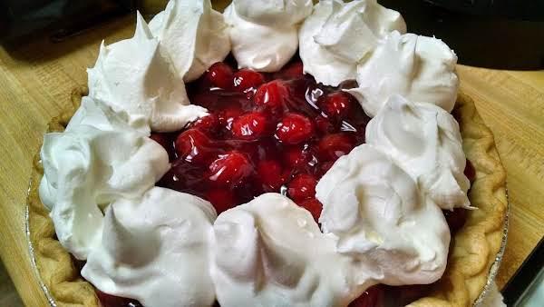 Ellen's Cherry-chocolate Pie