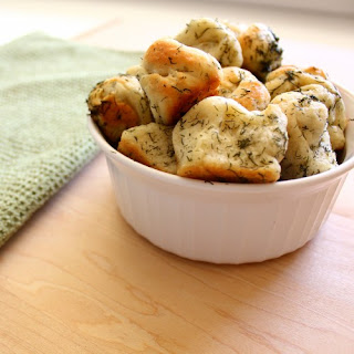 Buttery Dill Monkey Bread