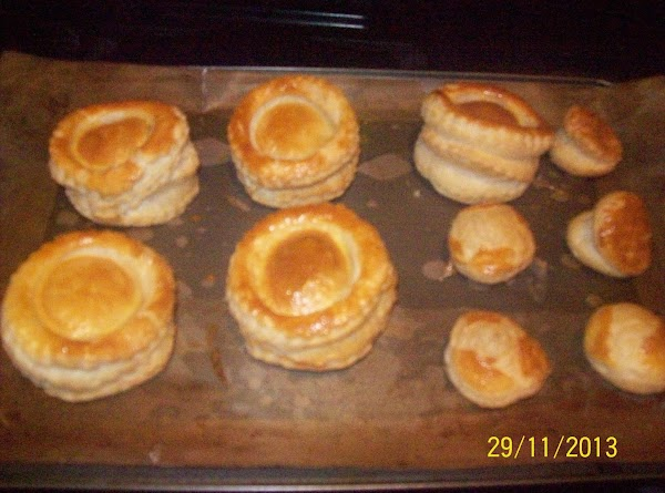 In your pre-heated oven place the vol-au-vents to bake for 12 to 15 minutes...