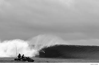 Photo: Mark Healey, Cloudbreak. Photo: Glaser #surferphotos
