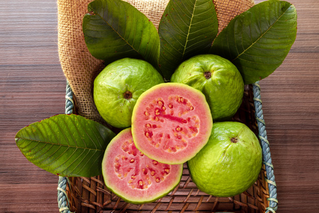 natural-sources-of-vitamin-c-guava