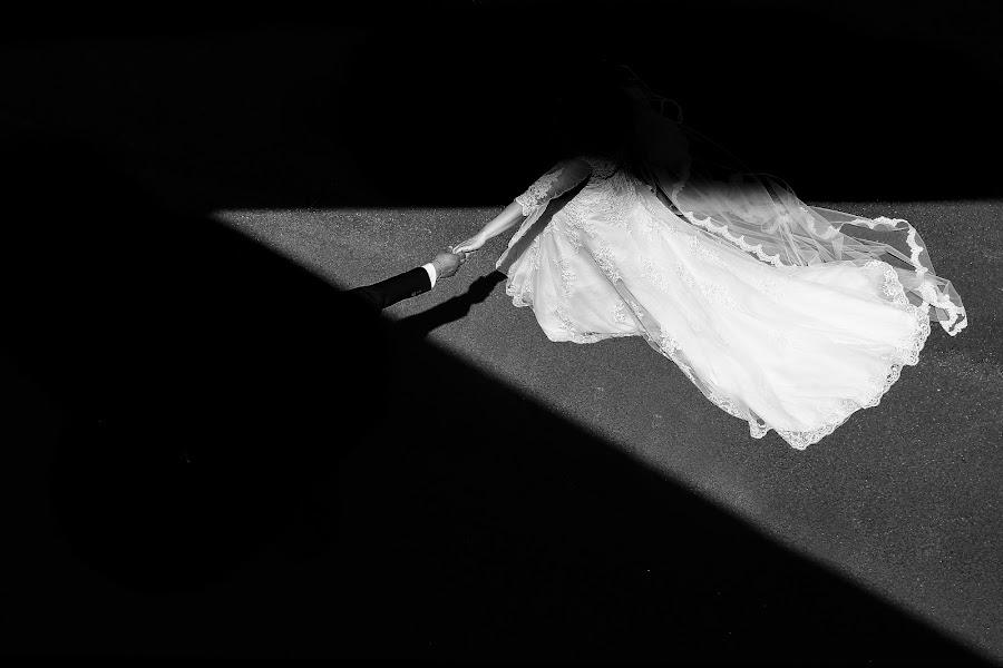 Wedding photographer Alessandro Delia (delia). Photo of 04.12.2017